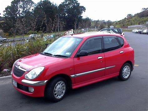 Daihatsu Sirion Photo by 2002 Daihatsu Sirion Photos Informations Articles