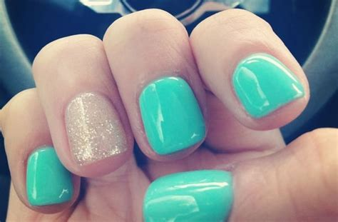30 Latest Shellac Nail Designs Pictures 2017-2018
