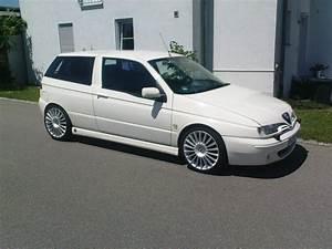 Alfa Romeo 145 : 1999 alfa romeo 145 pictures cargurus ~ Gottalentnigeria.com Avis de Voitures