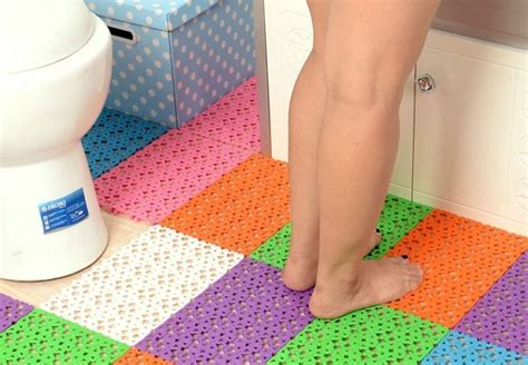 slip bathshower mats rugs  elderly seniors