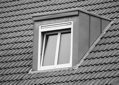 anschluss gaube an hauptdach dachgauben aus walzblei unterschiedliche einbausituationen meistern abz