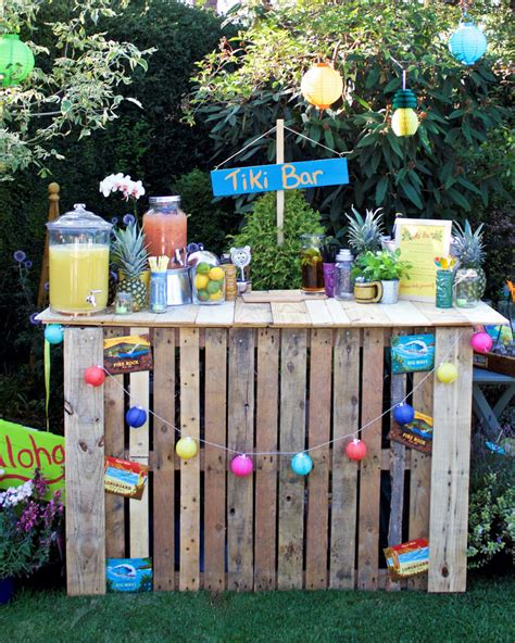 Awesome Ideas For Wood Pallets Made Bars  Diy Motive  Part 2