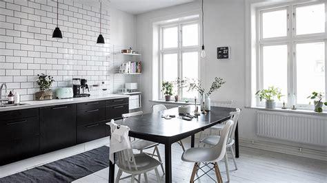 cuisine blanc et noyer une cuisine en noir et blanc shake my