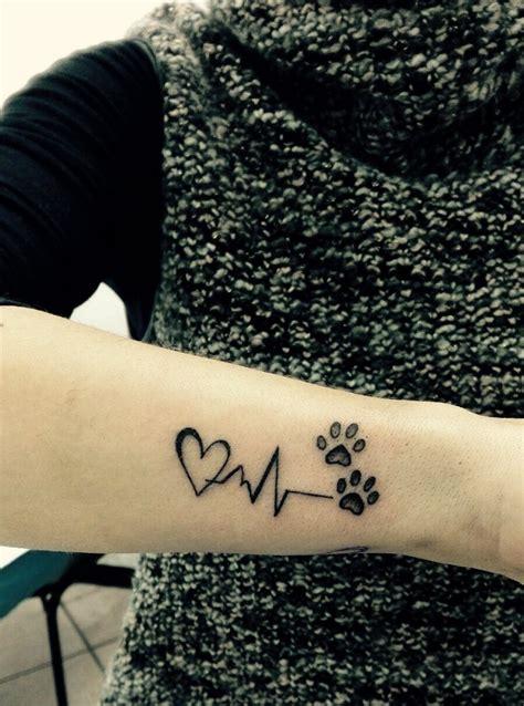 herz am handgelenk kleines herz herz tattoos am handgelenk t