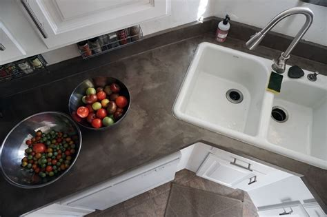 Diy Concrete Countertops Over Laminate Surfaces Diy Tote Bag No Sew Valentine S Day Gifts For Boyfriend Phone Cases Ideas Inground Trampoline Faux Mercury Glass Lamp Shabby Chic Flowers Aladdin Street Rat Costume Yarn Rug