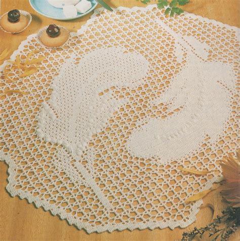 crochet napperon rond plumes tutoriel gratuit le de crochet et tricot d de suzelle