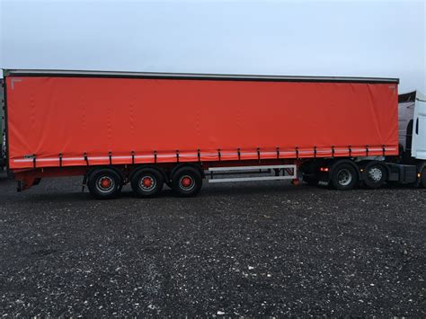 curtain side tri axle trailers all years for sale or hire