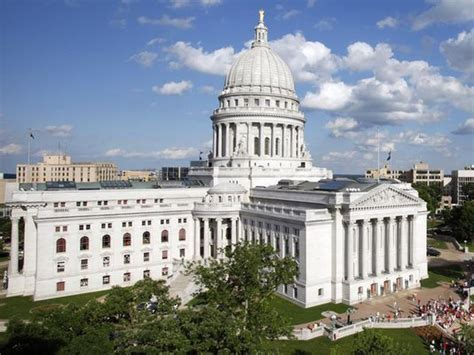 wisconsin legislative reference bureau add redistricting reform to legislative agenda