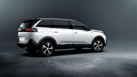 2017 Peugeot 5008 unveiled as a 7 seater SUV - Drivers