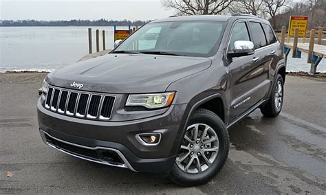 jeep grand cherokee  jeep grand cherokee limited front angle close