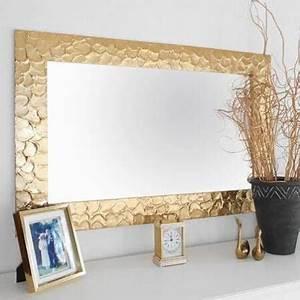 Spiegel Deko Ideen : diy deko ideen spiegel mit spraydosen bespr hen goldene wohndeko dekoration in 2019 ~ Orissabook.com Haus und Dekorationen