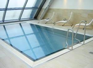 Infinity Pool Bauen : glanzvoller luxus ~ Frokenaadalensverden.com Haus und Dekorationen