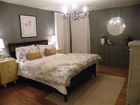 What Color Walls With Grey by How To Apply The Best Bedroom Wall Colors To Bring Happy