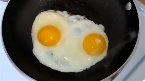 mc spiegelei internet zeigt eier koennen rappen das filter