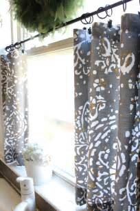 15 wonderful diy ideas to upgrade the kitchen 12 fabrics cafe curtains and kitchens