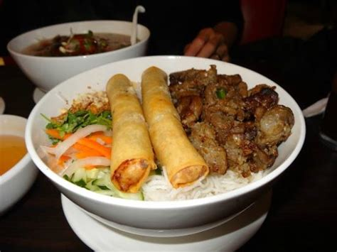 pho cuisine pho restaurant reykjavik restaurant reviews