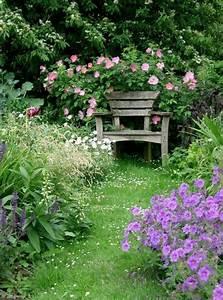 Blumen Im Garten : die gartenbank treffpunkt der romantik und erholung ~ Bigdaddyawards.com Haus und Dekorationen
