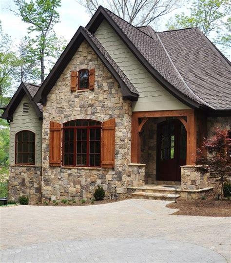 Best 20+ Cottage Home Exteriors Ideas On Pinterest