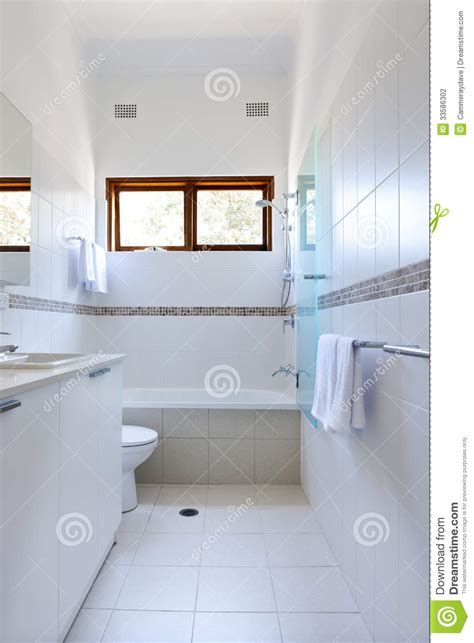 tiling bathroom walls ideas bathroom tiles choosing the right type lifestuffs