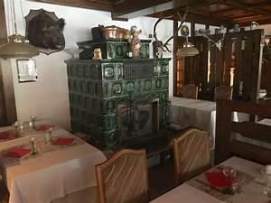 Le Coin De Table Tours : coin de table pr s du kachelofen ~ Melissatoandfro.com Idées de Décoration