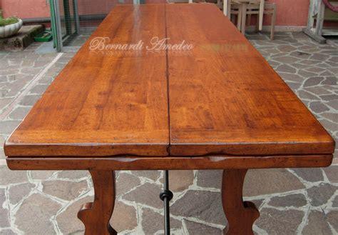 tavolo libro tavoli con ferro battuto tavoli