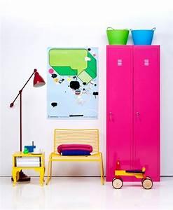 Neon Deco Chambre : la tendance n on votre d co s 39 y met aussi bricobistro ~ Teatrodelosmanantiales.com Idées de Décoration