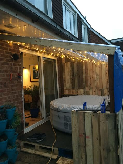 lay  spa recycled pallet hot tub patio hot tub garden diy hot tub