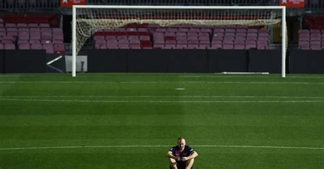 Twitter Reacts to Andres Iniesta Sitting on His Own at the ...