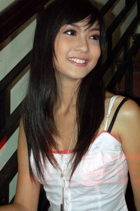 indonesian celebrity foto bugil marissa jeffryna