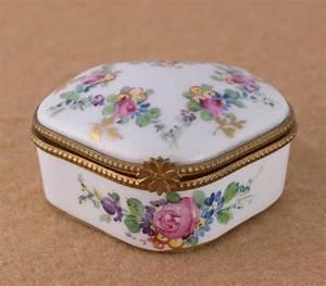 Porcelain Hinged Trinket Box Limoges France Hand Painted Floral Gilt