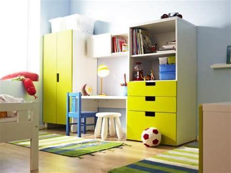 Kinderzimmer Junge Stuva by Kinderzimmer Ikea Stuva Regal Schrank Schreibtisch