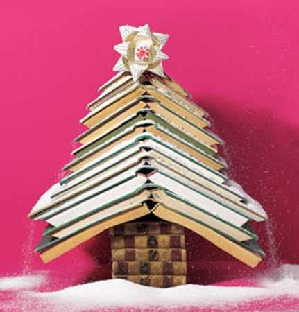 11 alternative christmas tree designs made with books