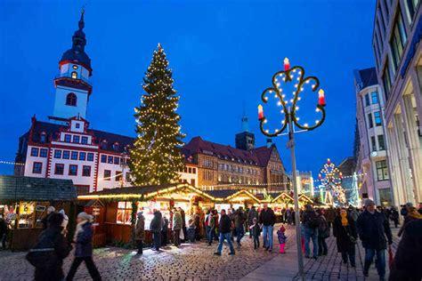 sollte der chemnitzer weihnachtsmarkt abends laenger