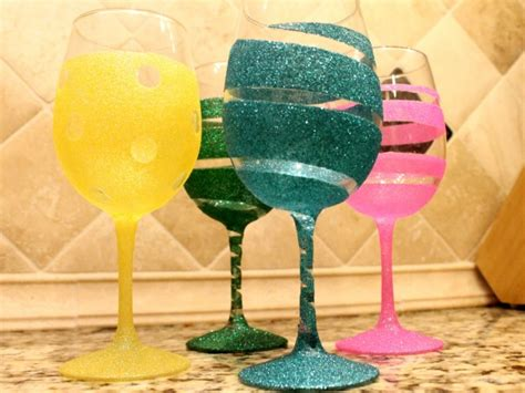 diy ideas   decorate wine glass