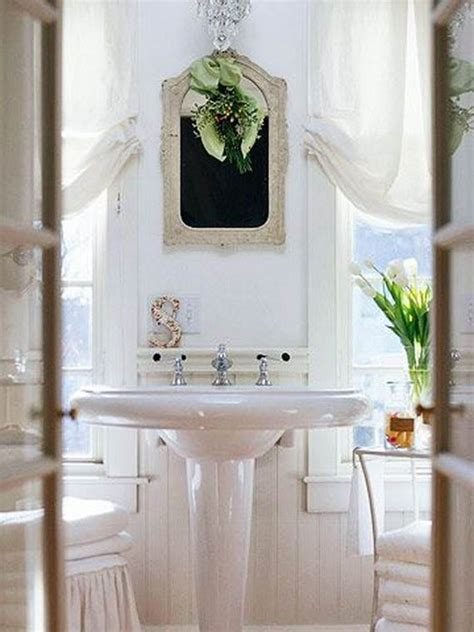 cute bathroom decorating ideas  christmas family