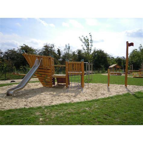 jeux en bois extérieur parcours en bois de robinier