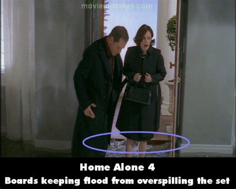 Home Alone 4 Movie Mistake Picture 2