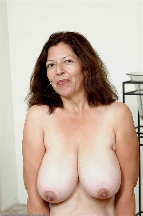 Plusgirls Com Presents Mature Mexican Exposes Big Natural Breasts