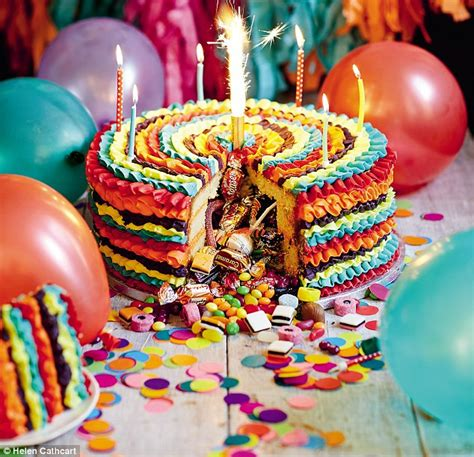 pinata cake  sponge   sweets