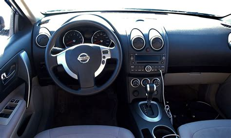 nissan rogue interior file nissan rogue interior jpg wikimedia commons