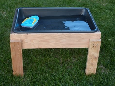 how to sand a table the inspiration thief diy water table