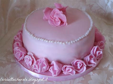 torte di compleanno decorate con fiori happy birthday to me torta di compleanno con la
