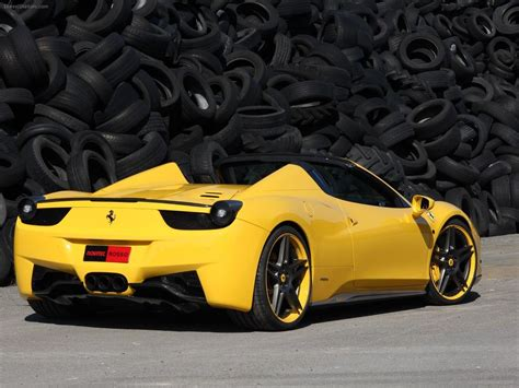 Black And Yellow Ferrari 31 Background