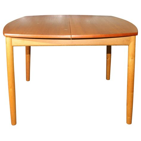 what is a butterfly leaf on a dining room table square dining table with butterfly leaf at 1stdibs