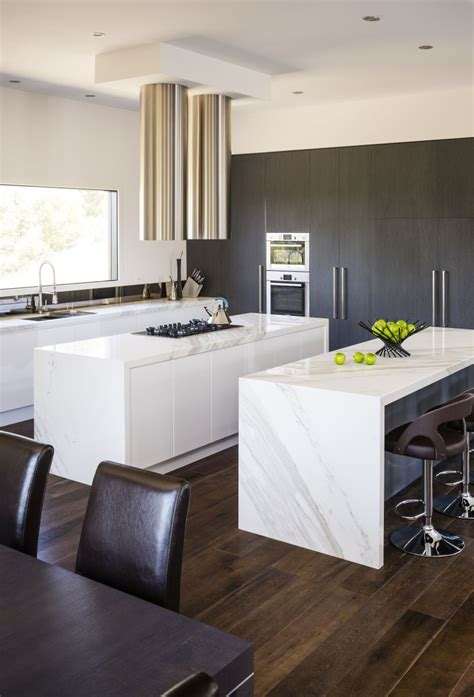 kitchen islands in small kitchens contemporary kitchen pictures contemporary kitchen pics
