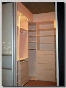 begehbarer kleiderschrank im schlafzimmer nauhuri begehbarer kleiderschrank im schlafzimmer integrieren neuesten design