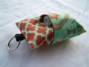 pocket tissue holder with a pocket for
