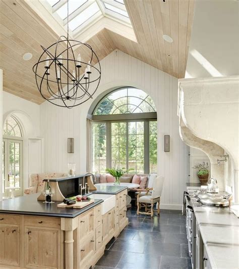 Kitchens with Breakfast Nooks