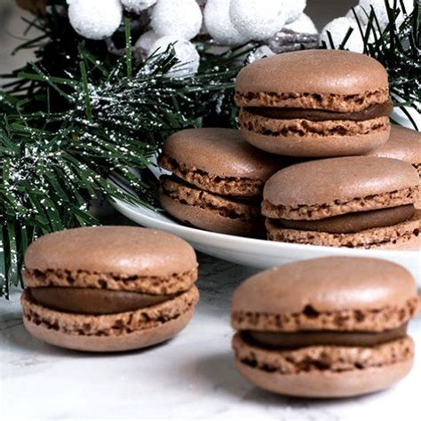 classic french macaroon    chocolate makeover