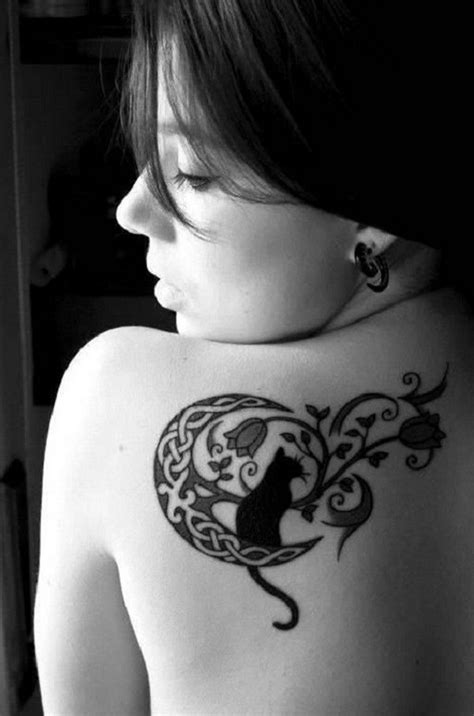 30+ Examples of Amazing and Meaningful Moon Tattoos - For Creative Juice